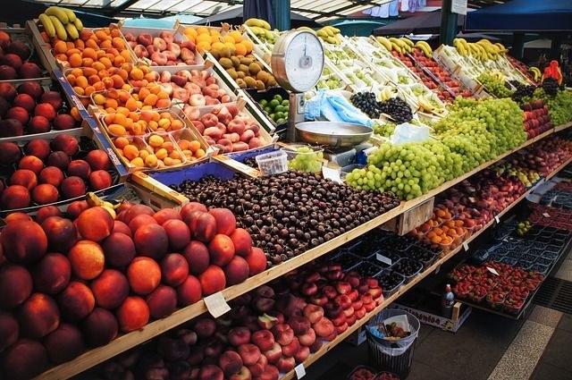 Venda ambulant de fruita i verdura